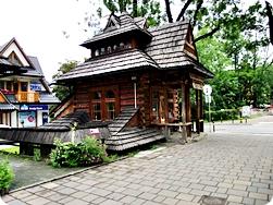 Old Wooden House in Zakopane - Zakopane Travel Guide